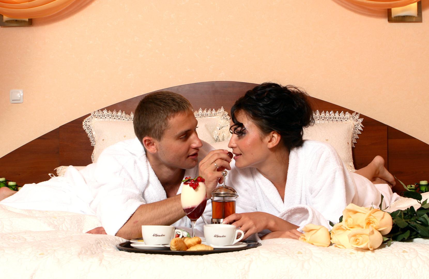 kak-ustroit-romanticheskiy-seks-doma