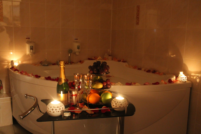 Как сделать ванну со свечами